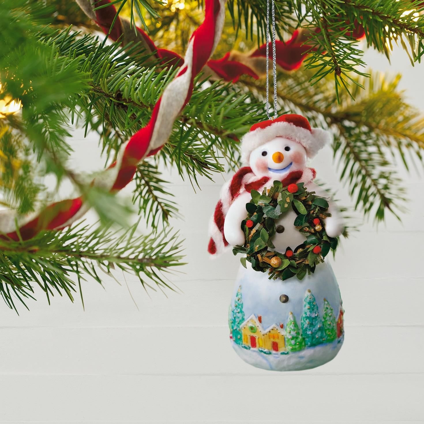 buy hallmark snowman ornaments online snowtop lodge benny m merrymaker with wreath christmas ornament - Buy Cheap Christmas Decorations Online